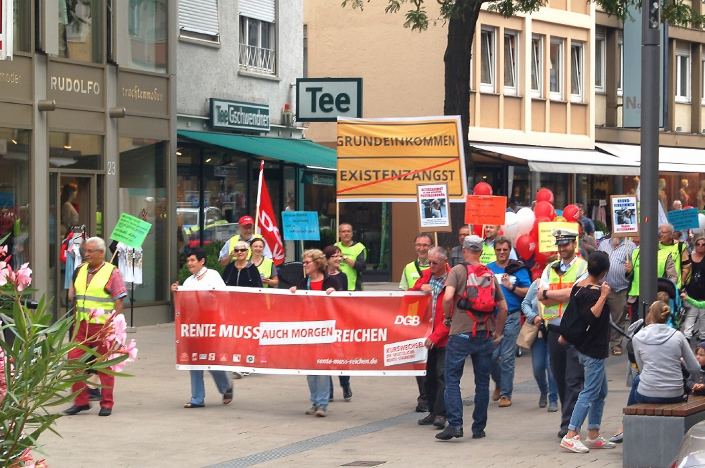 demonstration-altersarmut-heilbronn-bge